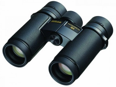 Monarch HG 10x30 Roof Prism Binocular